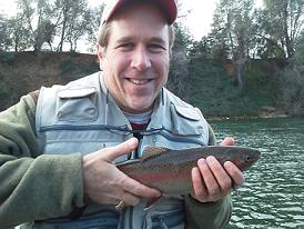 Fly_Fishing_Guided_Trip_on_the_Sacramento_River