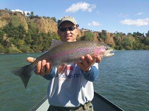 Fly_Fishing_for_Trout_on_Sacrament_River