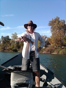 Mike_F_Flyfishing_Sacramento_River_Trout_2